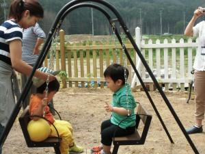 2014年6月17日遊具と子ども達(利枝) 006